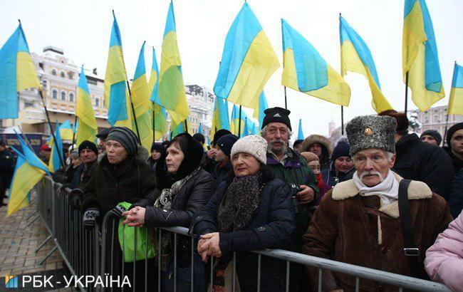 На Софійській площі збираються прихильники автокефалії