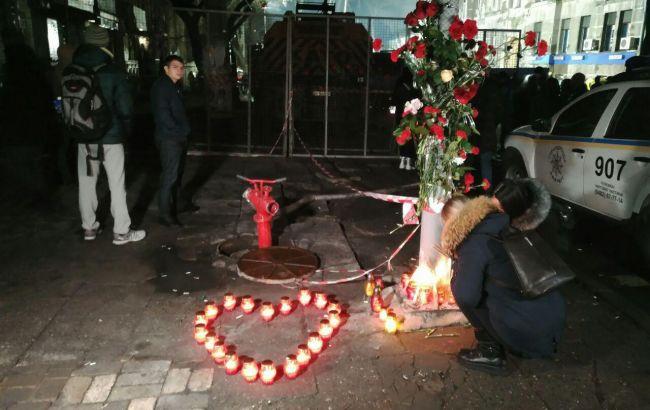 В Украине объявили траур в память о погибших при пожаре в Одессе