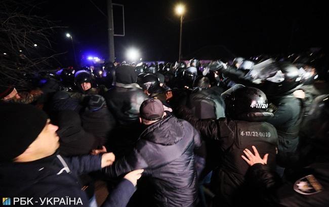 Полиция в Новых Санжарах за день задержала 24 участника акции протеста