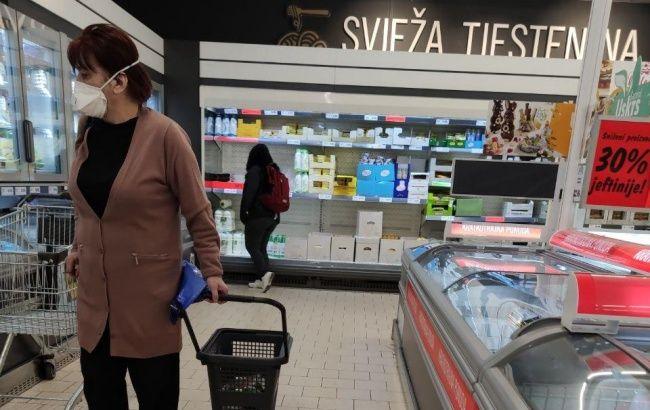 Хорватия закрывает все магазины, кроме продуктовых