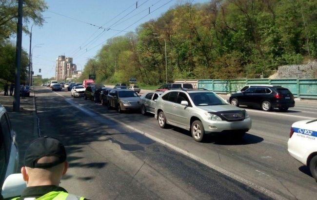 У Києві сталася аварія за участі 7 автомобілів