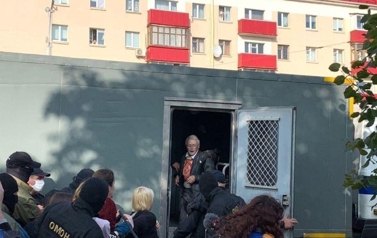 В Минске на акции протеста начались задержания