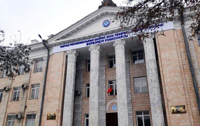 В Киргизии назначат повторные парламентские выборы в течение двух недель