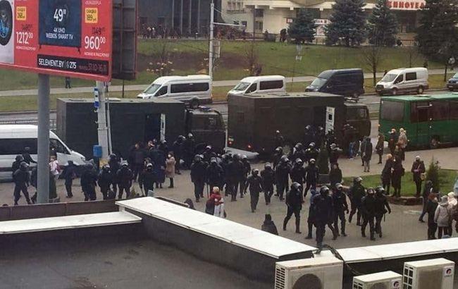 У Мінську затримали кілька десятків учасників недільних протестів
