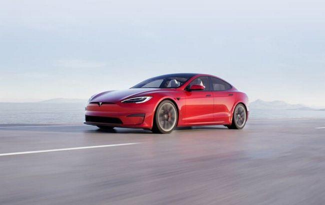 Самый быстрый и дорогой: представлен электромобиль Tesla Model S Plaid