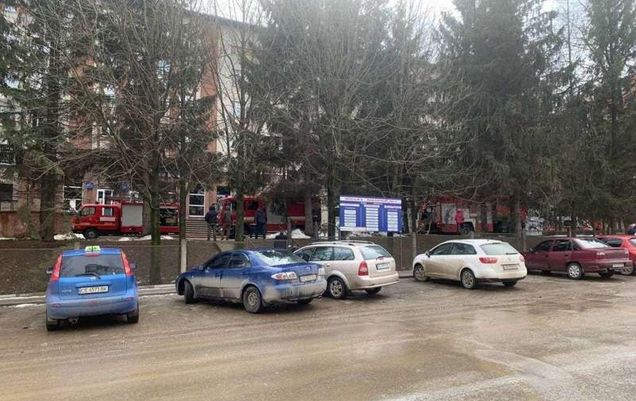 В результате взрыва в Черновцах погиб человек, еще один ранен