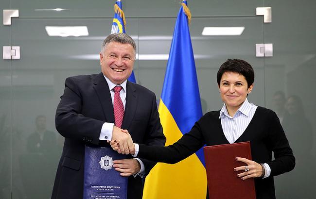 МВС і ЦВК підписали меморандум про співпрацю на виборах