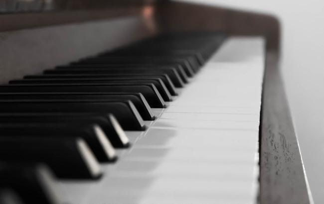 Фото: Піаніно (pixabay.com/SchildFotografie)