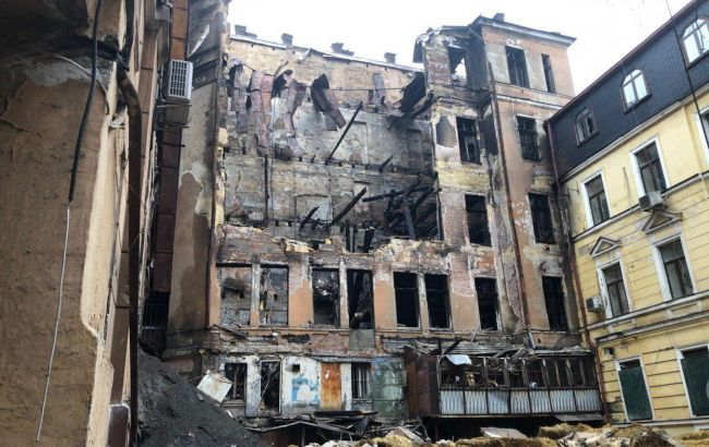Кабмин выделил помощь пострадавшим при пожаре в Одессе