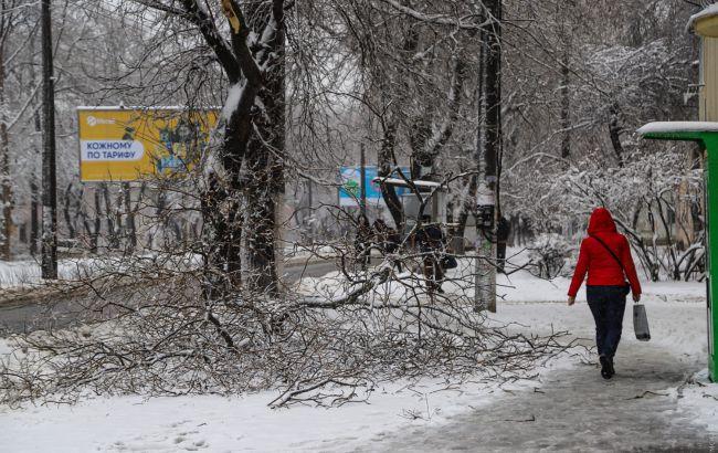 Непогода в Одессе: пострадали почти 60 человек