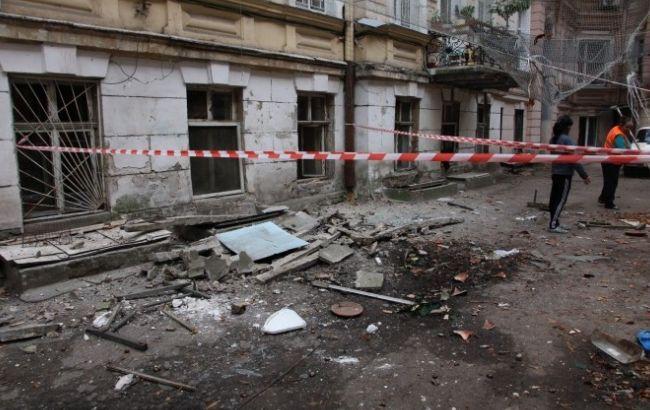 """Фото: в Одессе обрушился балкон (""""Думская"""")"""