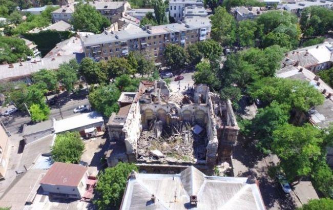 Фото: в Одессе обрушился памятник архитектуры