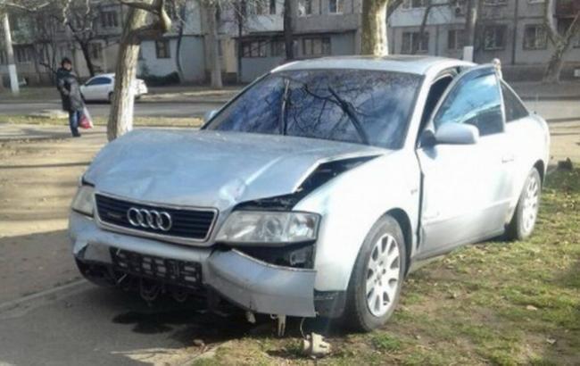 """Фото: авто потерпевшего в стрельбе в Одессе (""""Думская"""")"""