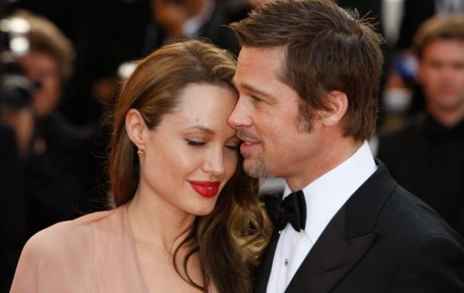 Фото: Брэд Питт и Анджелина Джоли (livestory.com.ua)
