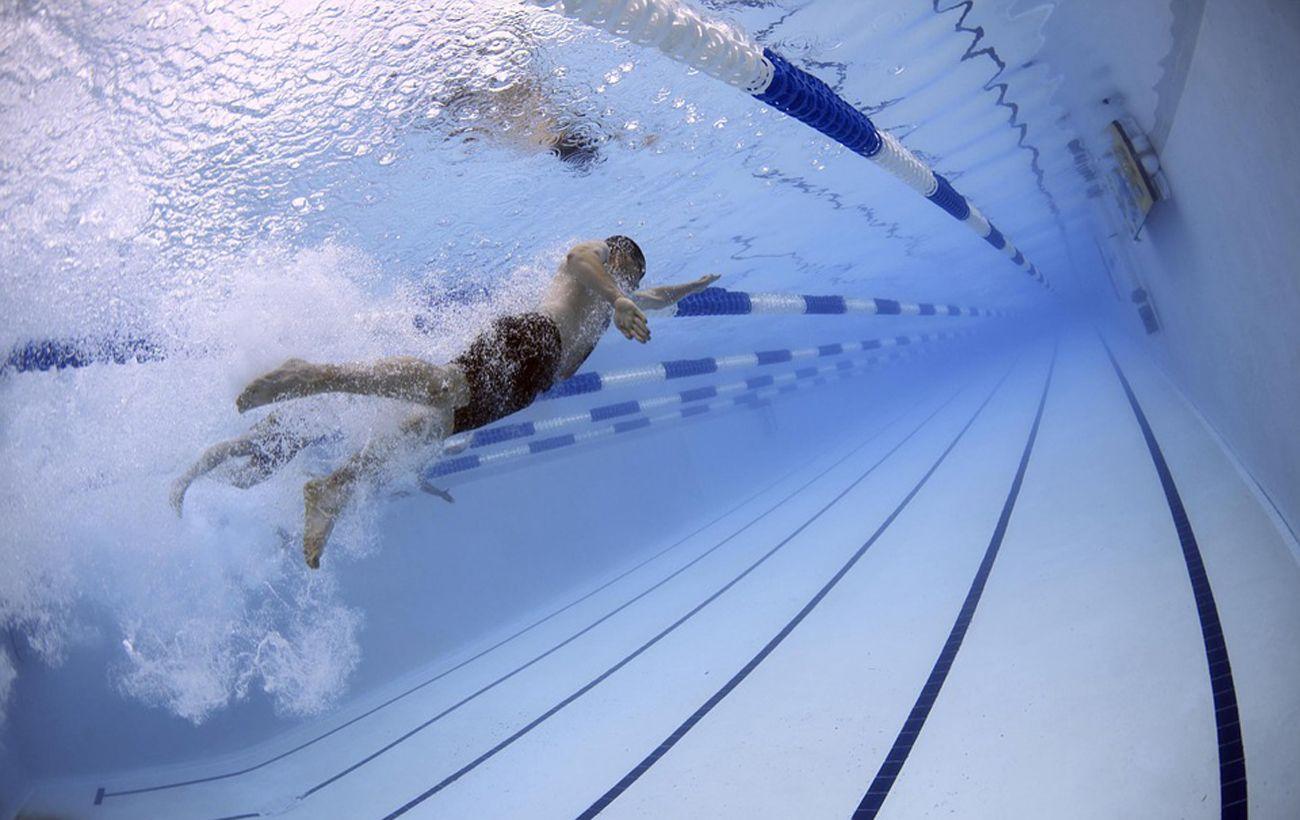 Минздрав разрешил работу бассейнов, но с ограничениями