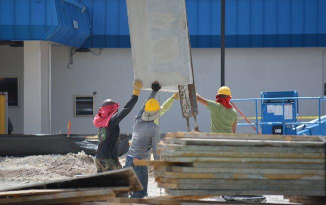 Кабмин утвердил финансирование на ремонт и строительство школ