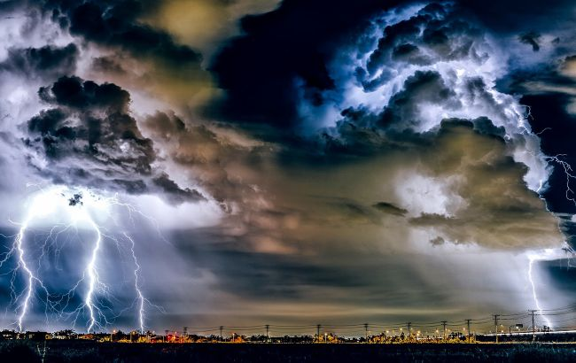 В Украине резко изменится погода: синоптики прогнозируют мощные ливни и шквалы