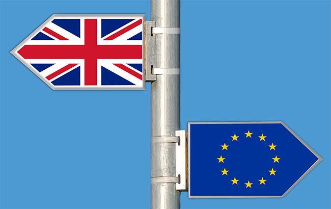 """Brexit: міністри Мей відкинули план затримання біля """"чорного ходу"""" в ЄС"""