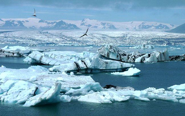 Данія запустила перший військовий супутник над Арктикою