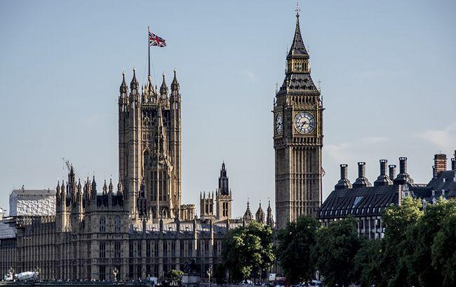 """Британия выдает """"золотые визы"""" миллионерам из РФ и Китая, - расследование"""