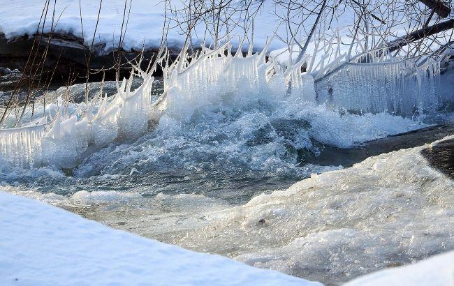 В Украине предупредили о льде на водохранилищах