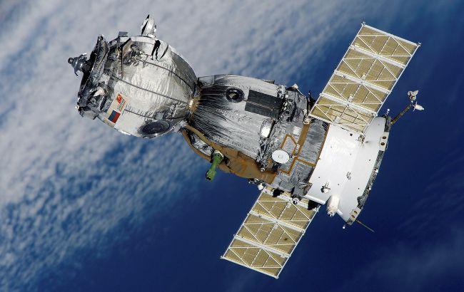 Британія і США звинуватили Росію у стрільбі зі супутника в космосі