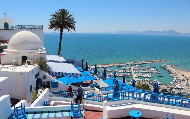 В Тунісі скасували комендантську годину, яка діяла протягом року