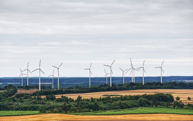 """Ціна акцій норвезької Scatec Solar впала на 10% через кризу в """"зеленій"""" енергетиці України"""