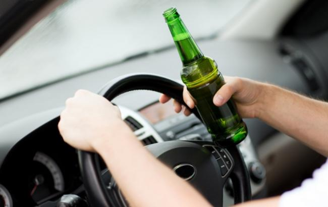 Фото: Водитель сел за руль пьяным (fastnews.info)