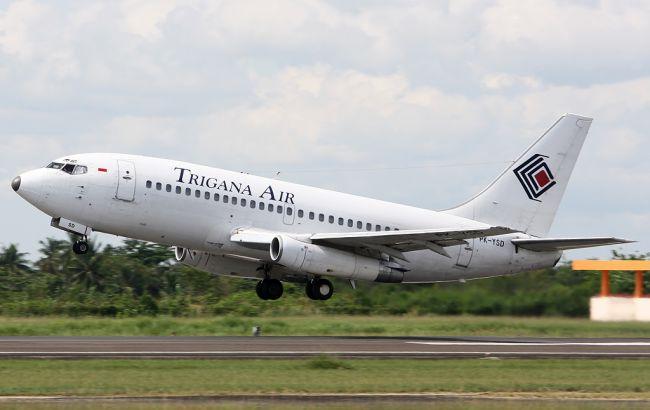 В Индонезии пропал самолет с 54 пассажирами на борту