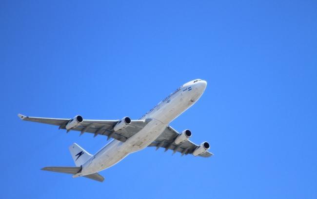 Фото: Росіянина висадили з літака (pixabay.com/Holgi)