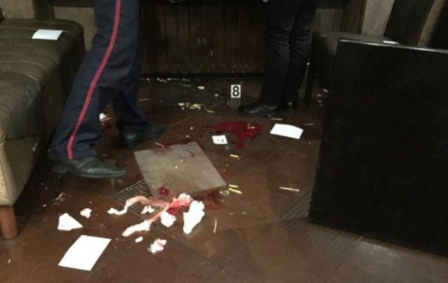 Фото: стрельба в кафе Киева