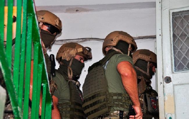 Фото: штурм квартиры в Николаеве (пресс-служба НПУ)
