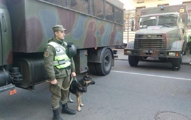 Поліція організувала пропускний режим до місця так званого