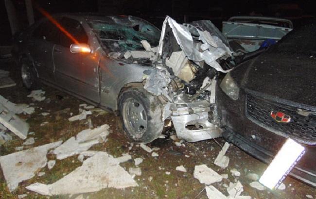 У Рівному в ДТП травмовано троє осіб, пошкоджено 26 автомобілів