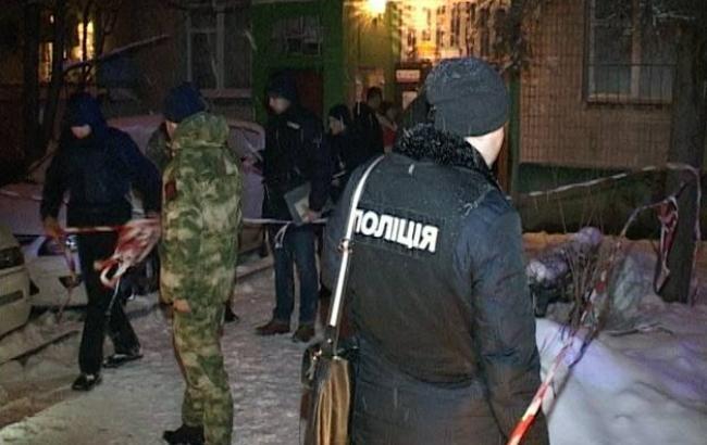ВКиеве разыскивают правонарушителя, который ночью стрелял вмужчину наРусановке