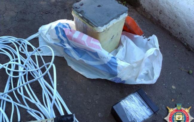 В Донецкой обл. правоохранители нашли взрывчатку возле заправки