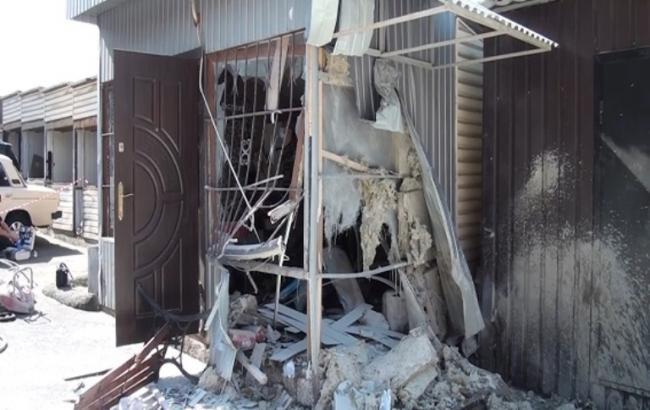 Фото: взрыв в киоске в Киеве