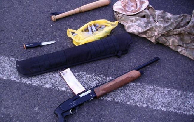 """Фото: зброя, вилучена у затриманих """"злодіїв у законі"""""""