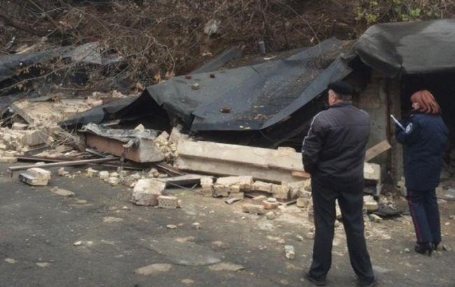 Полиция Киева открыла дело по факту обрушения фасада дома