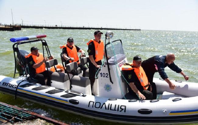 Фото: водна поліція в Маріуполі (прес-служба НПУ)