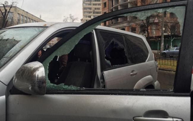 У Києві на вулиці сталася стрілянина, є постраждалий