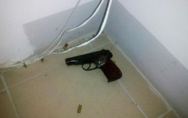 Фото: вилучена зброя депутата