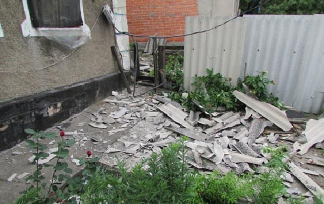 Фото: последствия прямого попадания в дом на ул. Лермонтова