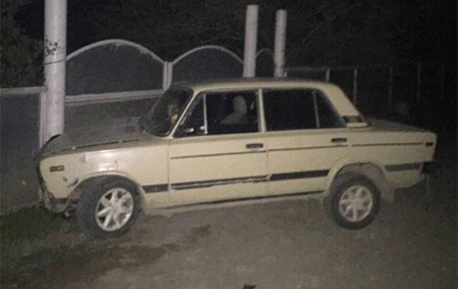 Фото: Девушка украла машину