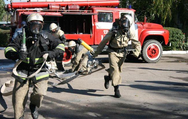 Фото: для ліквідації пожежі в Дніпропетровській області залучалось 5 одиниць техніки та 17 чоловік