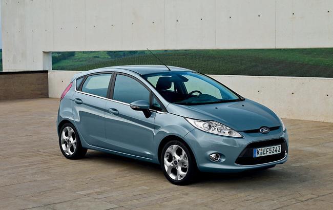 Фото: Ford Fiesta неизменно входит в рейтинг экономичных авто