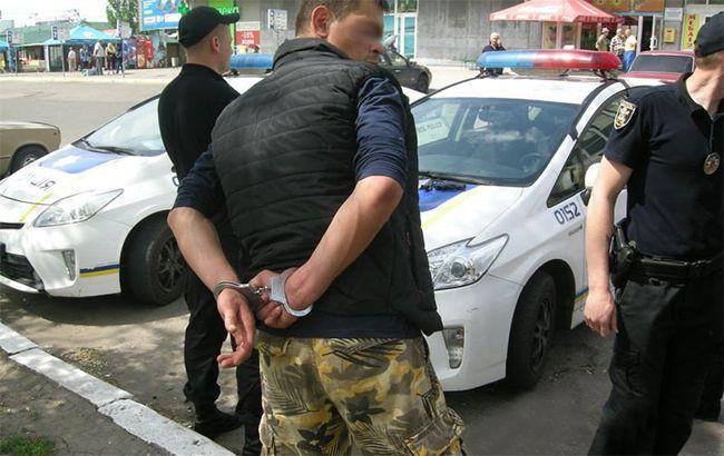 Фото: в Николаеве двое военных открыли стрельбу (facebook.com-novostin)