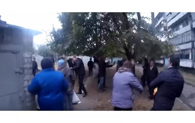 Фото: в Днепродзержинске произошел конфликт на встрече с избирателями