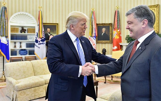 Порошенко і Трамп обговорили економічне співробітництво і розвиток сфери безпеки